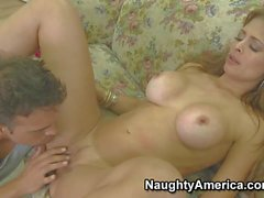 Latina mom Monique Fuentes with big melons gets pleasure
