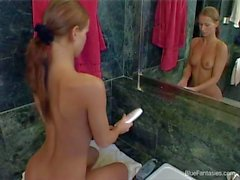 Hot ass Susana Spears gets filmed naked in bathroom