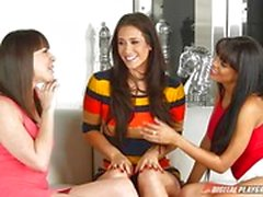 Steamy slit clits of Dana DeArmond, Eva Lovia and Luna Star munched on