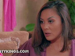Reality Kings - Moms Lick Teens - Kate Kennedy Kaylani Lei Johnny Sins - Practice Makes Perfect Pt 1