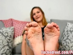 Hot Amateur Teen Gives First Footjob Only for Fucked Feet!
