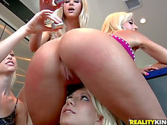 have a fun wild lesbo fuckfest with Jazy Berlin,menacing Jessica Lynn menacing,Lux Kassidy and Sammie Rhodes