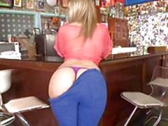 Awesome Alexis Texas gets her bubble butt out