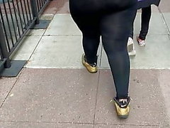 Ghetto booty short blond hair bitch in black leggings