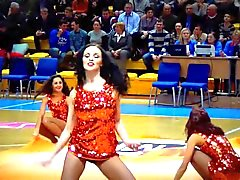 Hot Russian Cheerleaders Sexy Dance