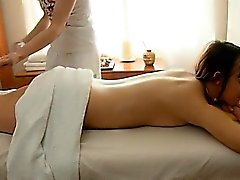 Teenie enriches massage session with a oral session