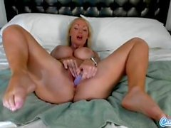 Horny Nikki Benz vibrates and shoves dildo in pussy