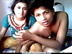 Indian video sex of horny girl with cousin